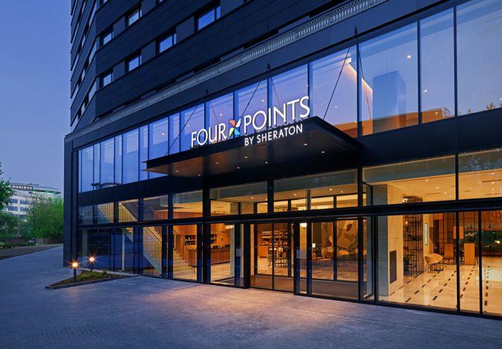 fourpoints-obsluga-marketingowa-hoteli-entrance_prev